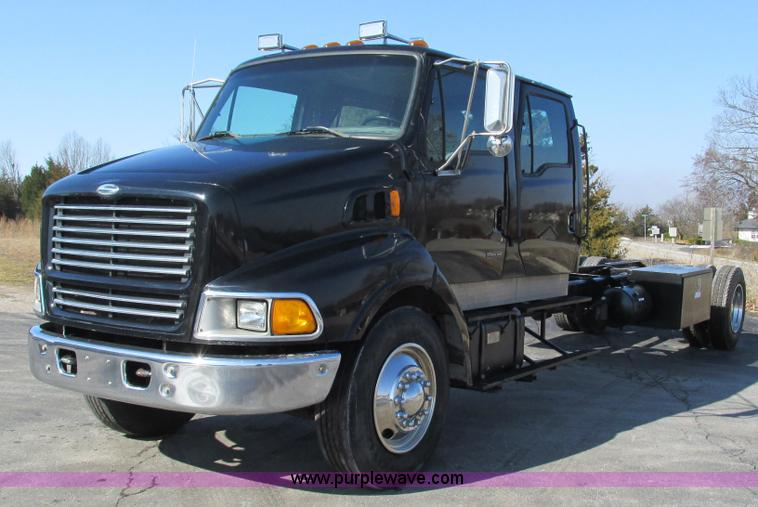 Crew Cab Trucks For Sale >> 1999 Sterling L8500 Crew Cab Truck Cab And Chassis Item I3