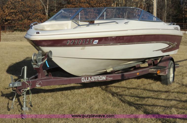 1998 Glastron GS205 boat | Item K7228 | SOLD! April 8 Vehicl