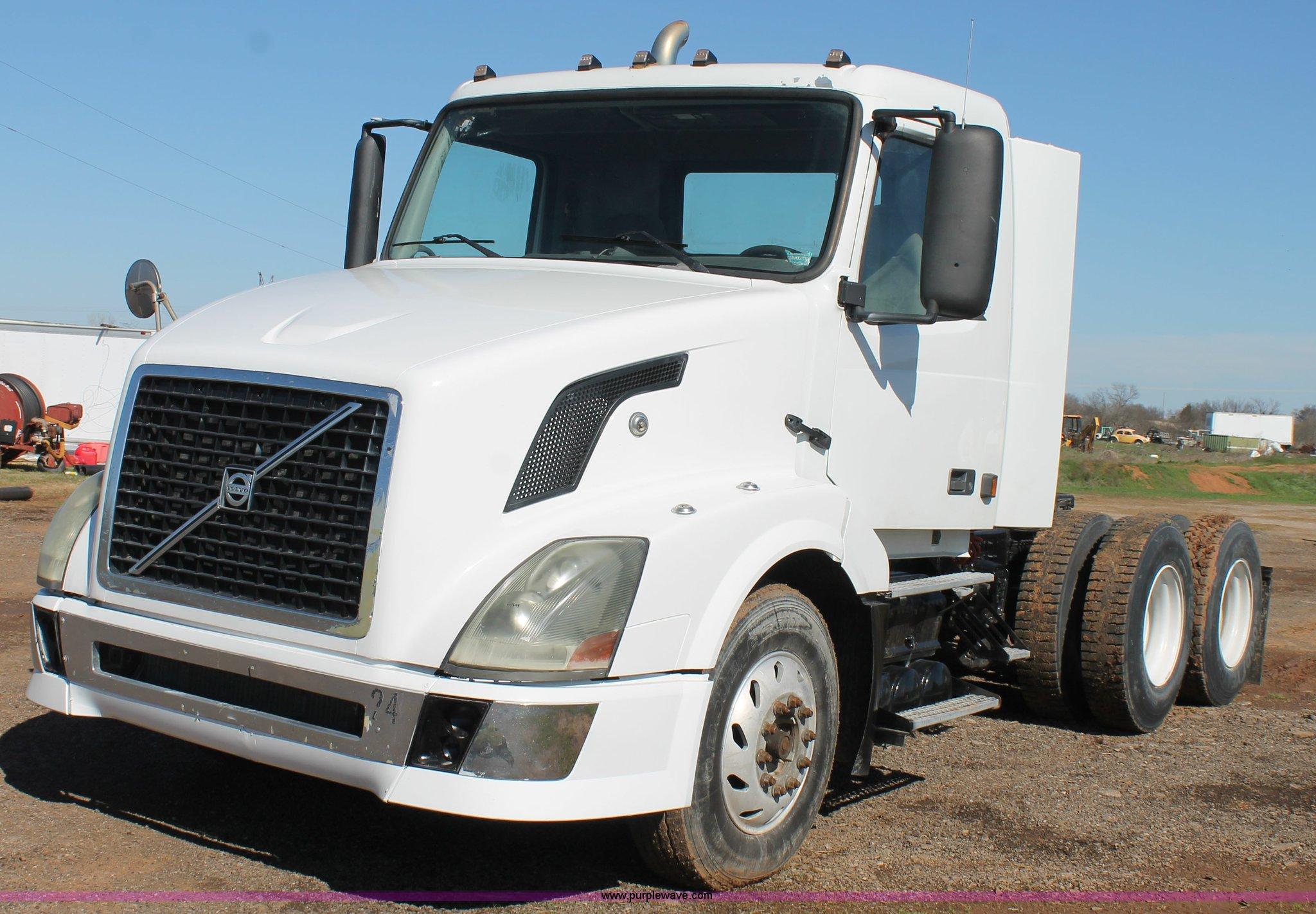sale new riverside xl image for sales euro stocklist fh globetrotter truck hanbury volvo trucks