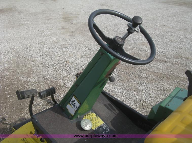 John Deere F915 riding lawn mower | Item K2993 | SOLD! April