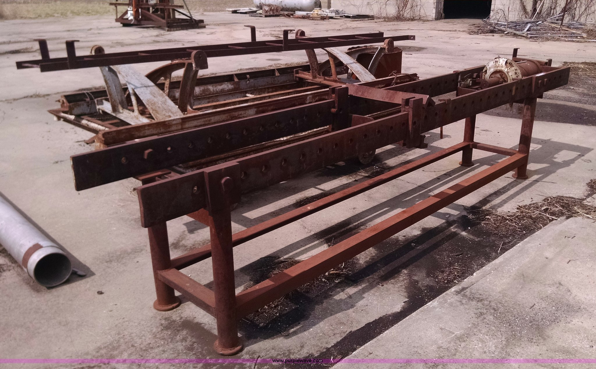 Hydraulic cylinder rebuild table | Item AX9455 | SOLD! April