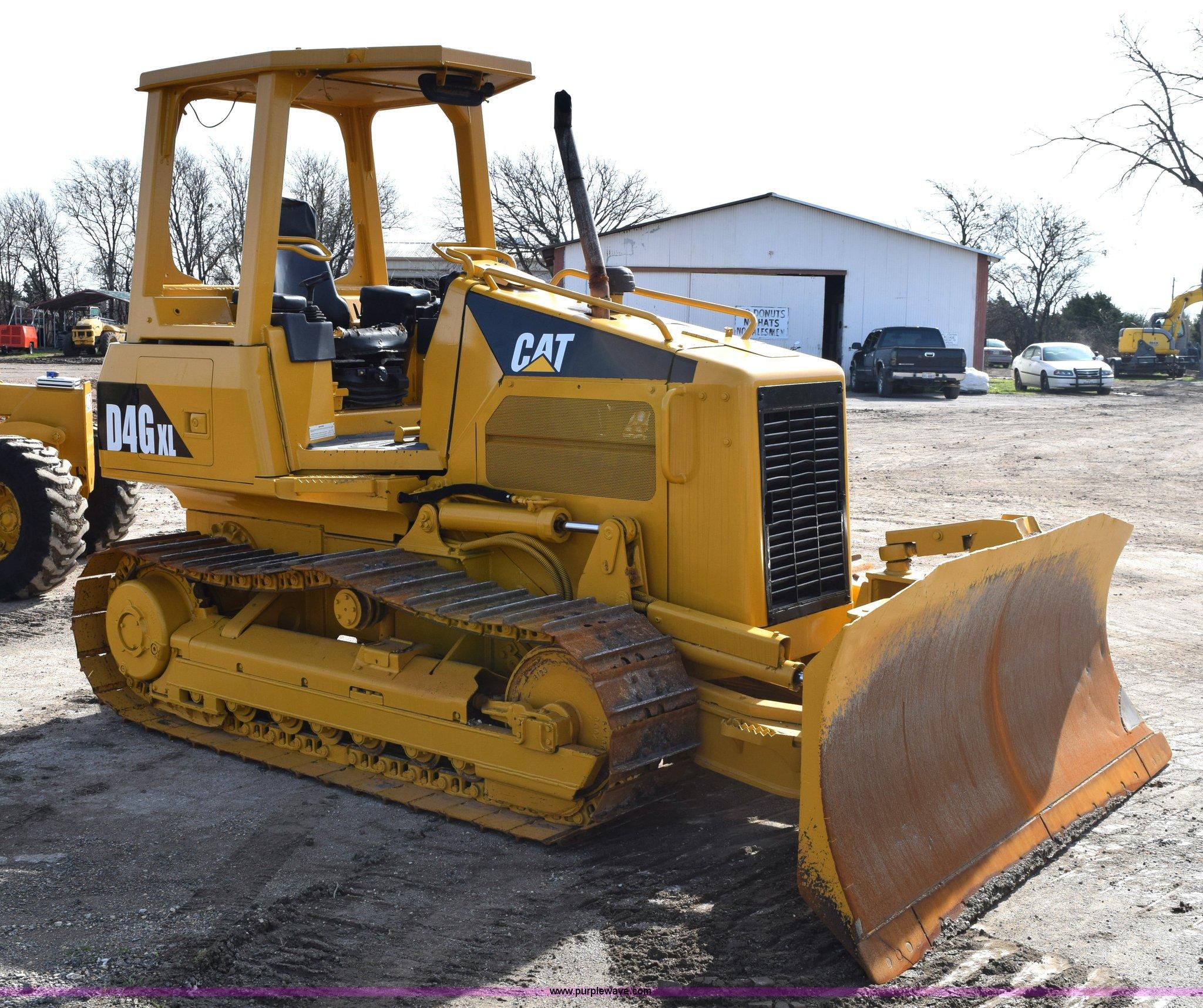 2003 Caterpillar D4G XL dozer   Item E6282   SOLD! April 30