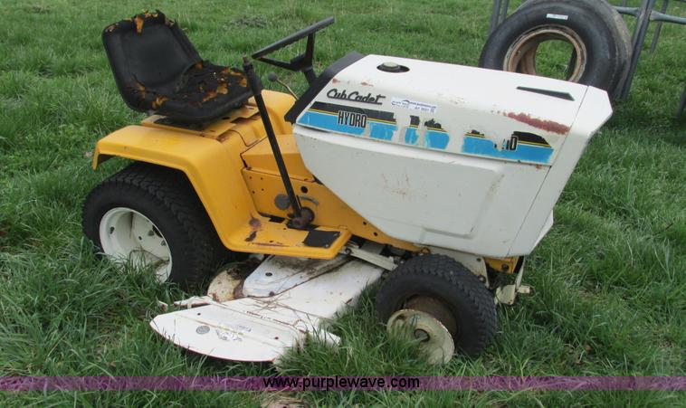 Cub Cadet Hydro 1210 Lawn Mower Item Ay9931 Sold May