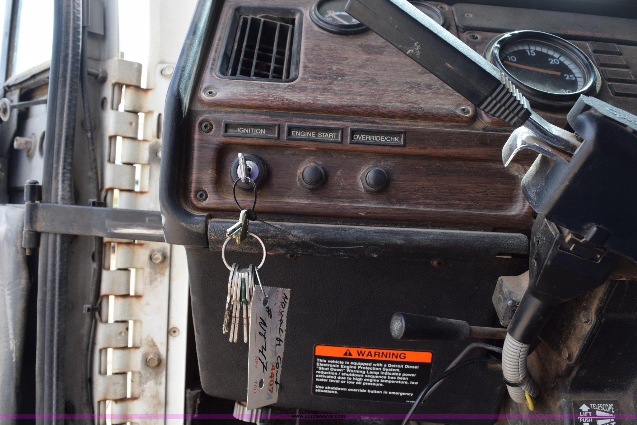 1999 Freightliner FLD120 flatbed truck | Item H5215 | SOLD!