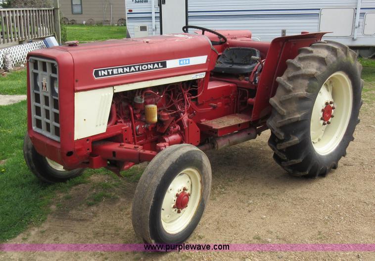 International Tractor Fuel Tanks : International c gas engine kit a b
