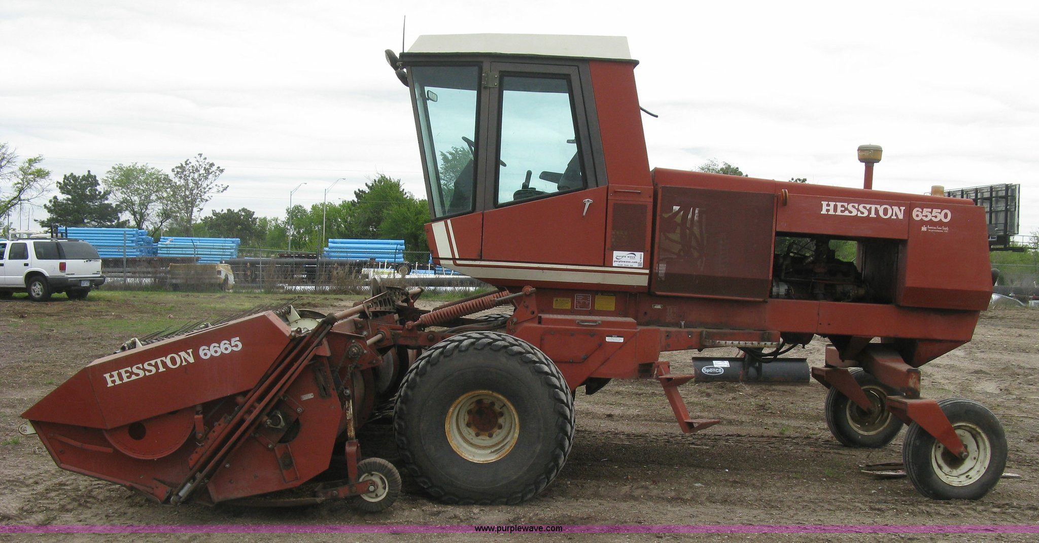 ... Hesston 6550 self-propelled windrower Full size in new window ...