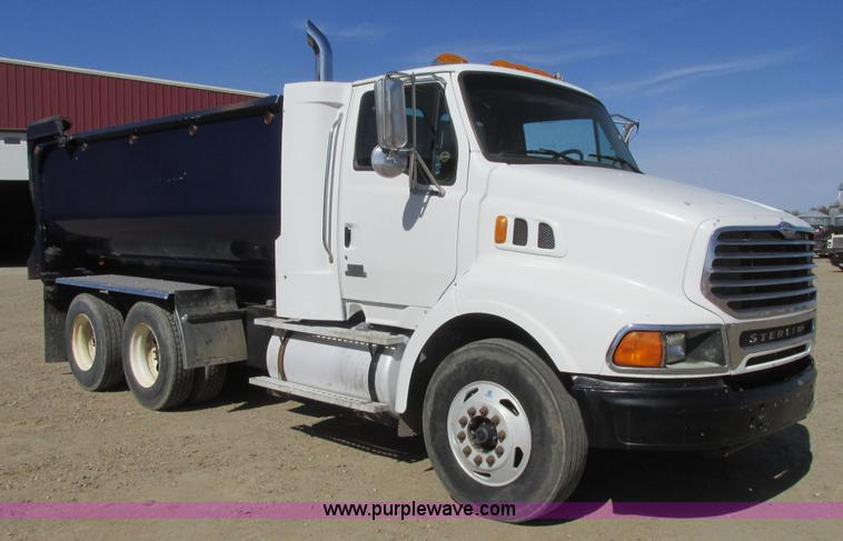 2002 Sterling AT9500 dump truck | Item A8783 | SOLD! May 14