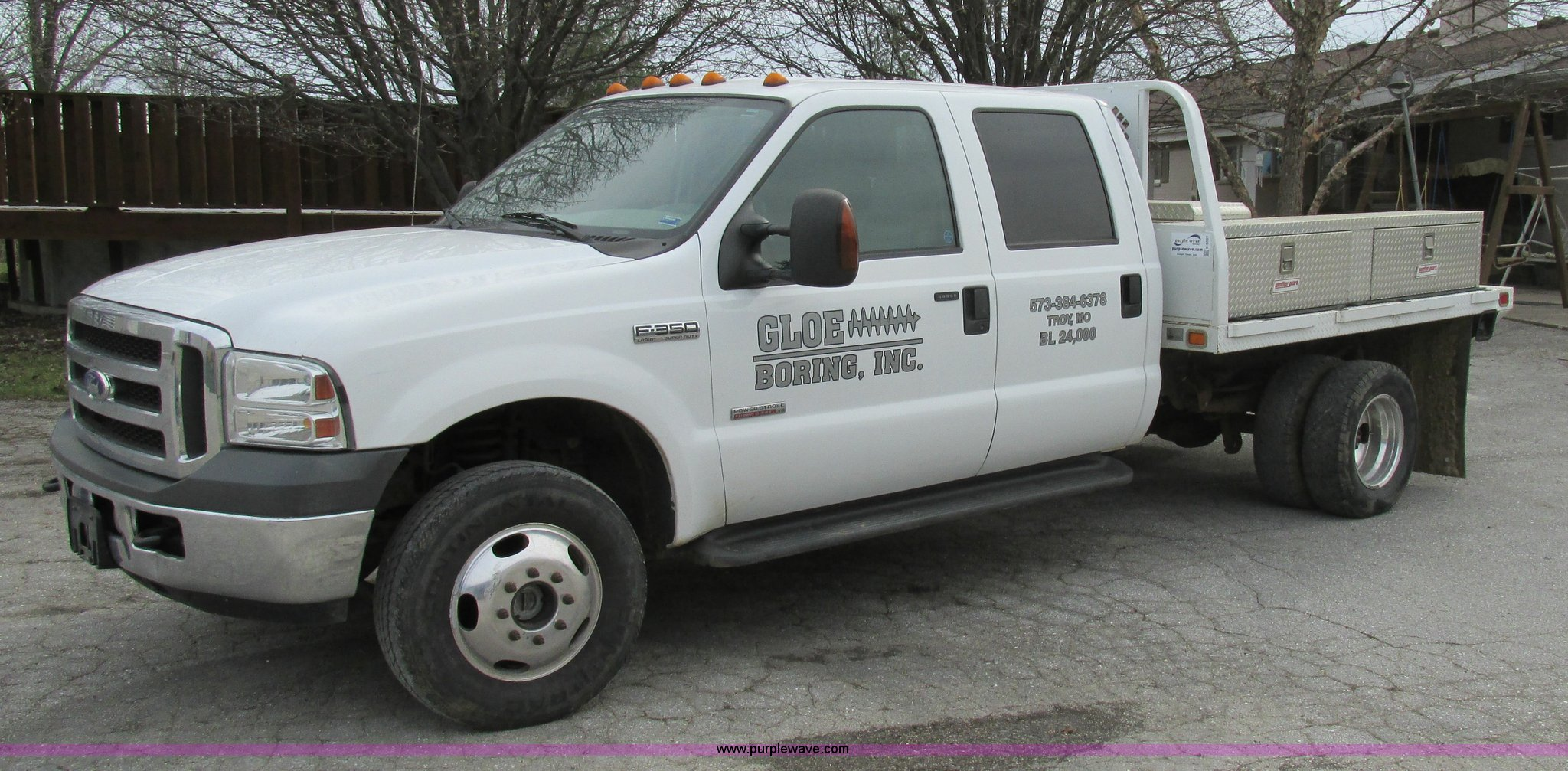 2005 Ford F350 Super Duty Xlt Crew Cab Flatbed Truck In Troy Mo Item K5007 Sold Purple Wave