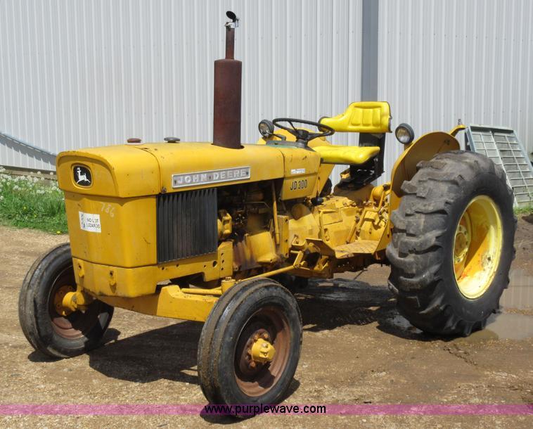 john deere 300 tractor item ay9392 sold may 20. Black Bedroom Furniture Sets. Home Design Ideas