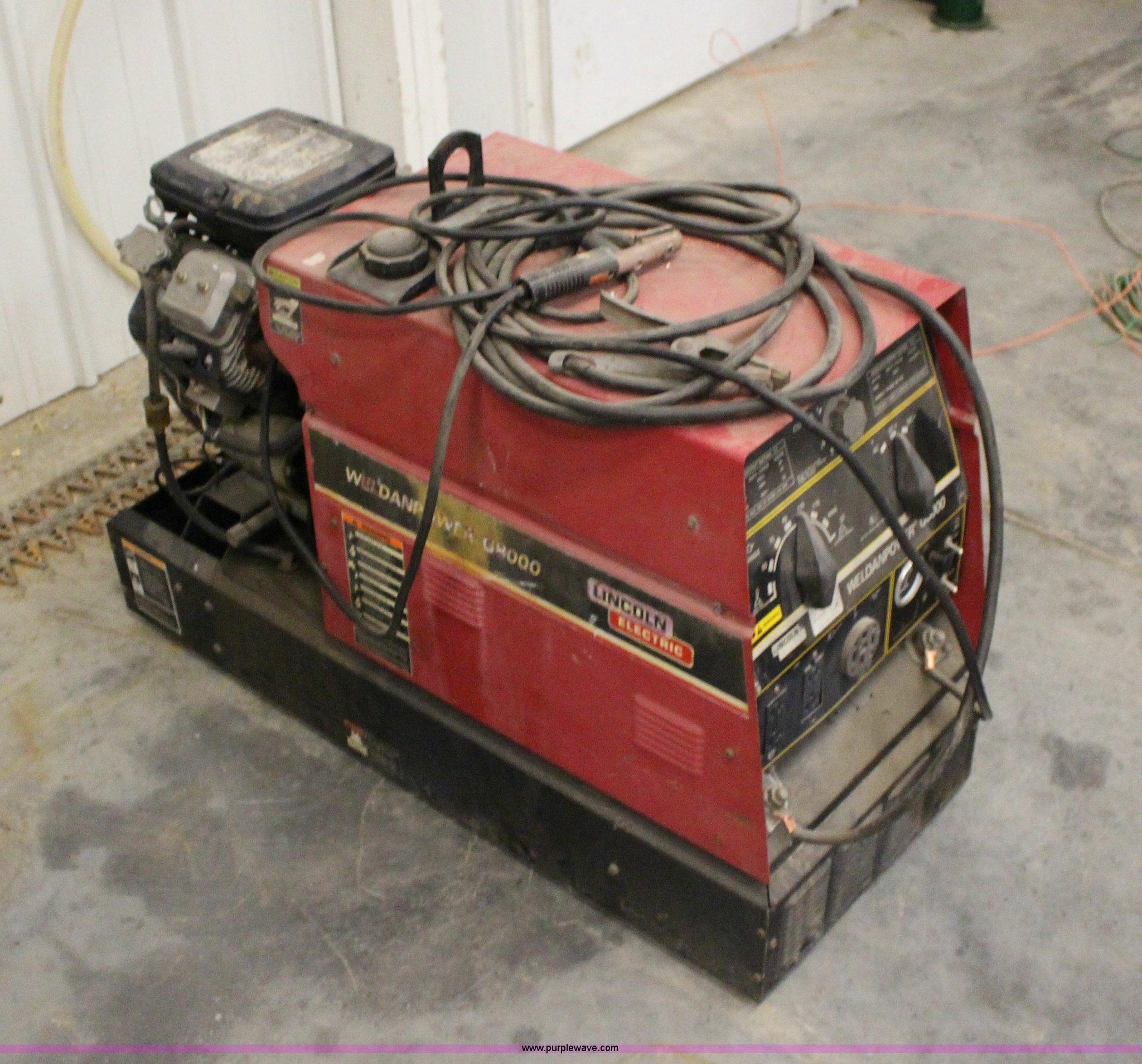 Lincoln Welders For Sale >> Lincoln G8000 Welder Generator Item F7671 Sold May 20 V
