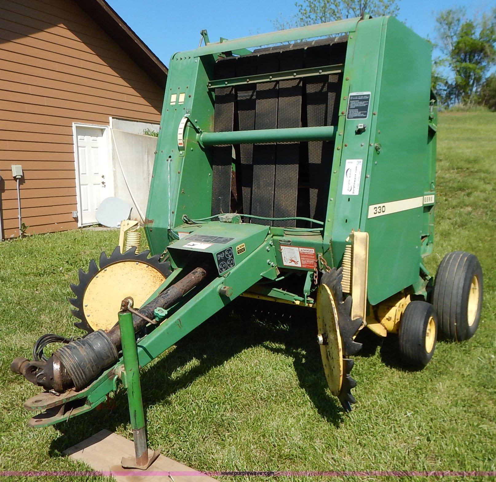 J3944 image for item J3944 John Deere 330 ...