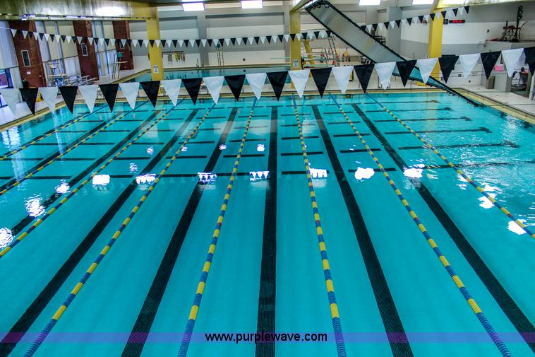 8) swimming pool lane lines | Item D1493 | SOLD! June 2 Gov...
