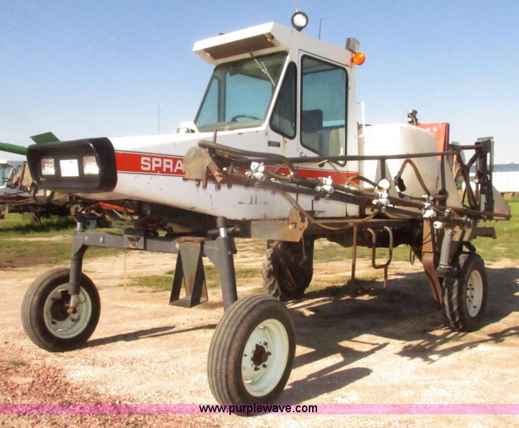 Ag Equipment Auction in Garden Plain, Kansas by Purple Wave Auction