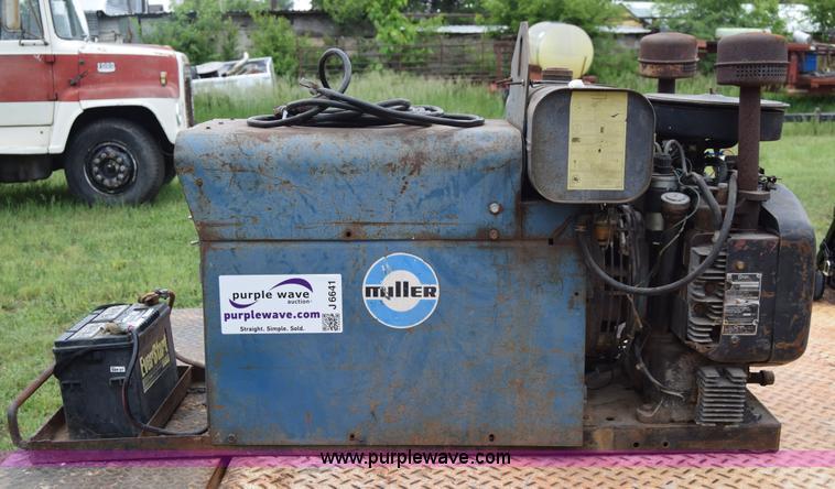 Miller arc welder/generator in Pratt, KS | Item J6641 sold ...