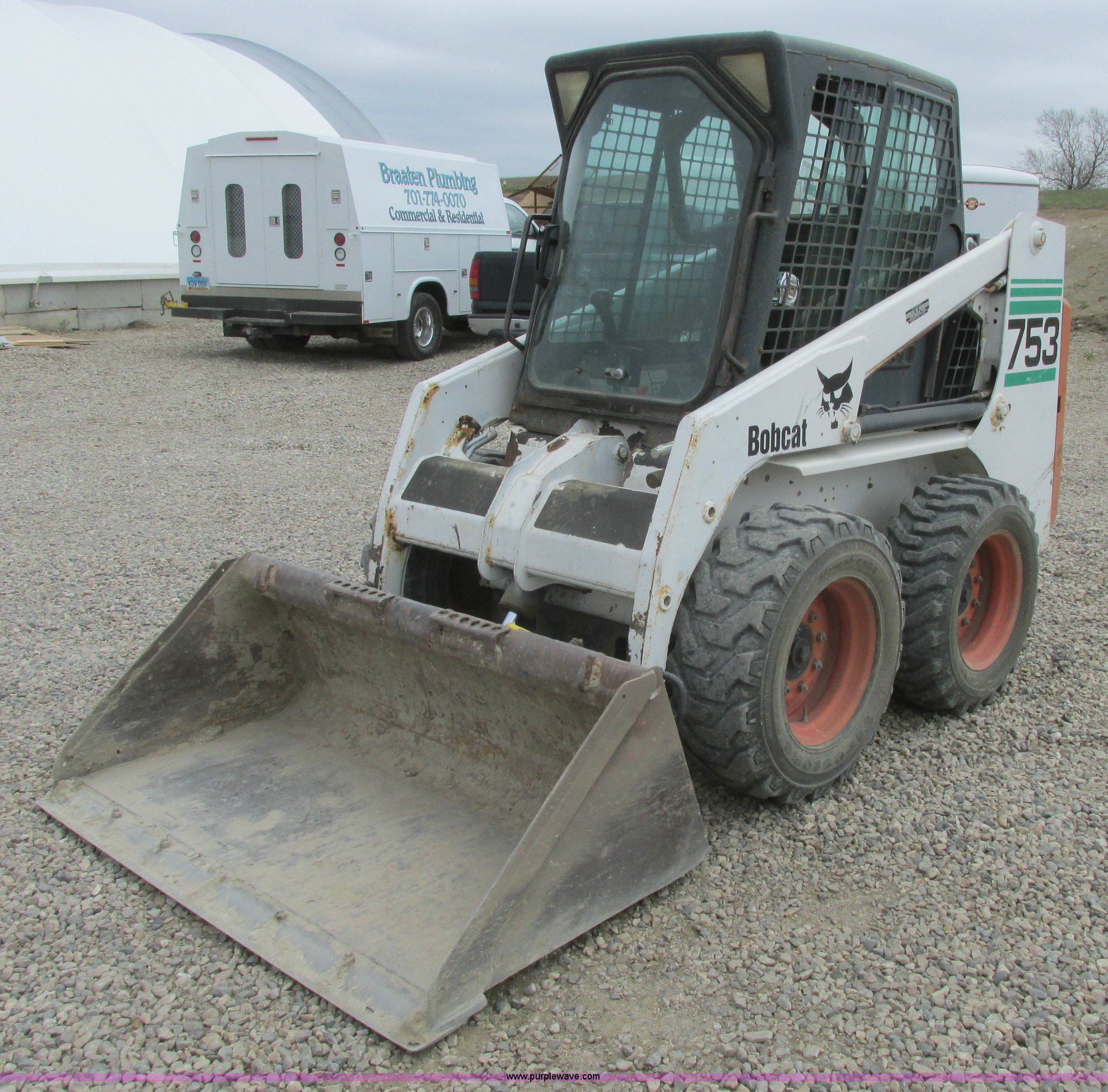 2000 Bobcat 753 skid steer | Item A8801 | SOLD! June 10 Ag E