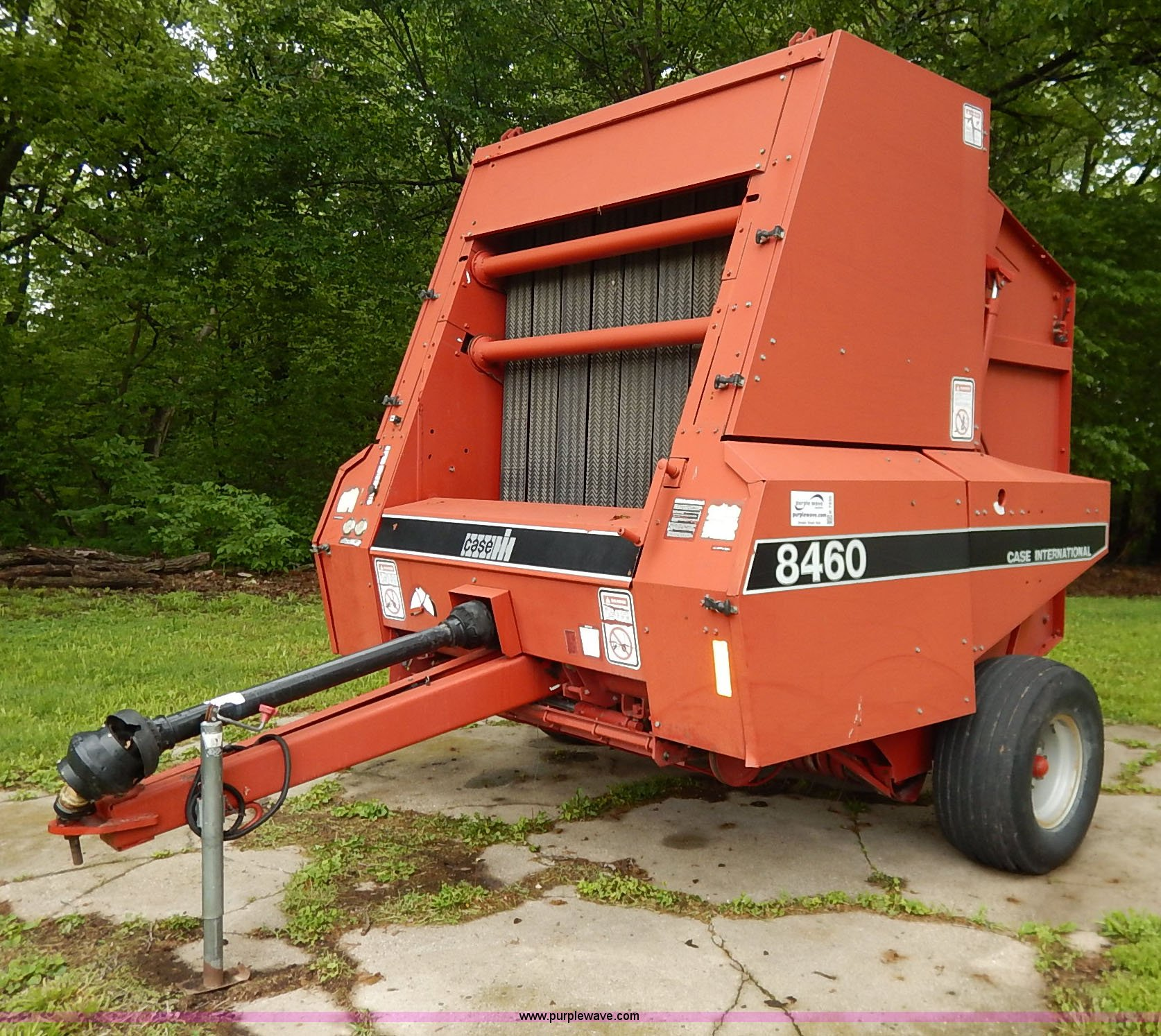 Case IH 8460 round baler | Item K7435 | SOLD! June 10 Ag Equ