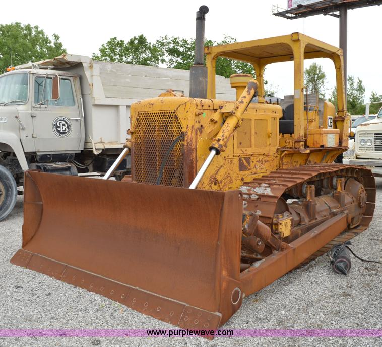 1973 Caterpillar D6C dozer | Item I4552 | SOLD! June 11 Cons