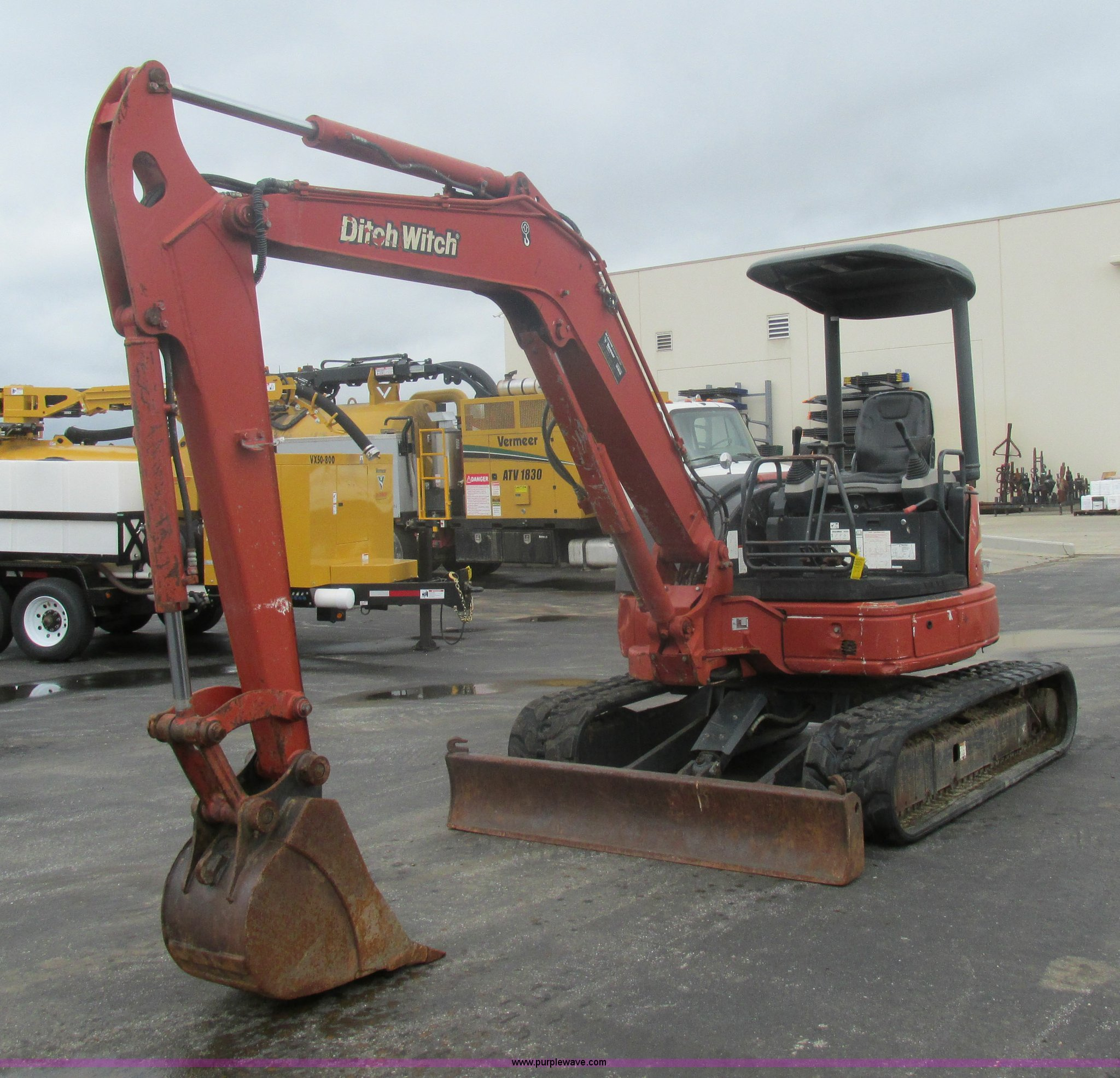 2005 Ditch Witch MX502 compact excavator | Item K5066 | SOLD... on