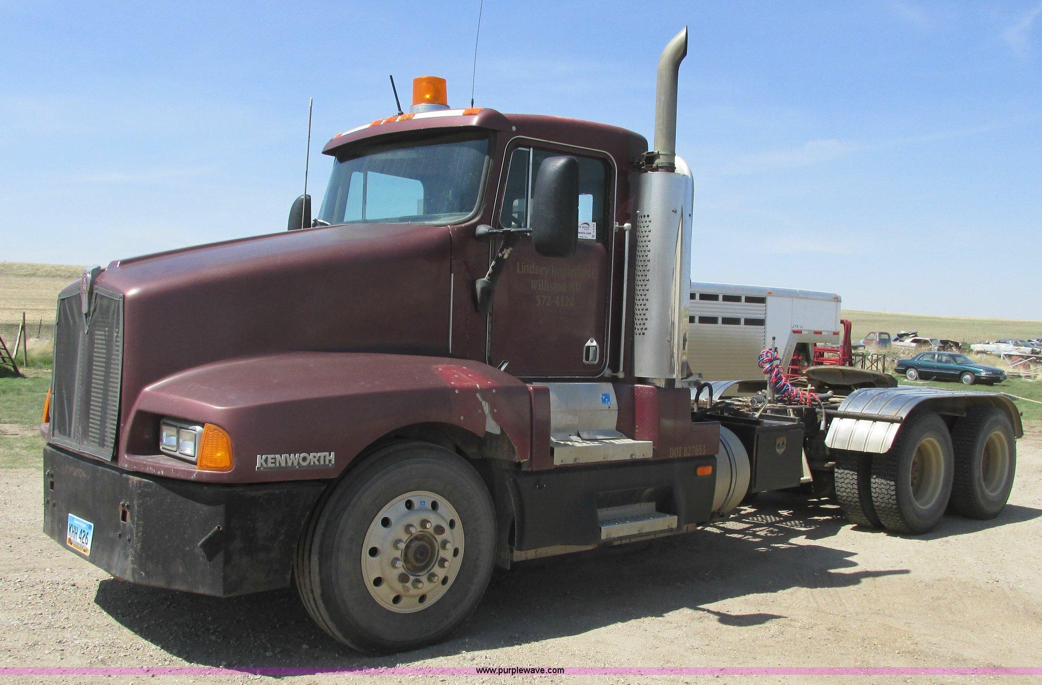 1990 kenworth t600 semi truck item a8794 sold june 16 t rh purplewave com  Kenworth T900 Kenworth W900
