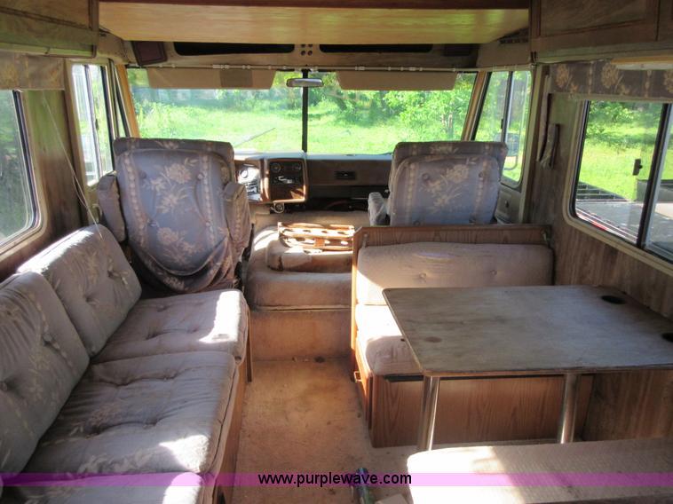 1983 Chevrolet P30 Winnebago Itasla Suncruiser RV   Item BA9