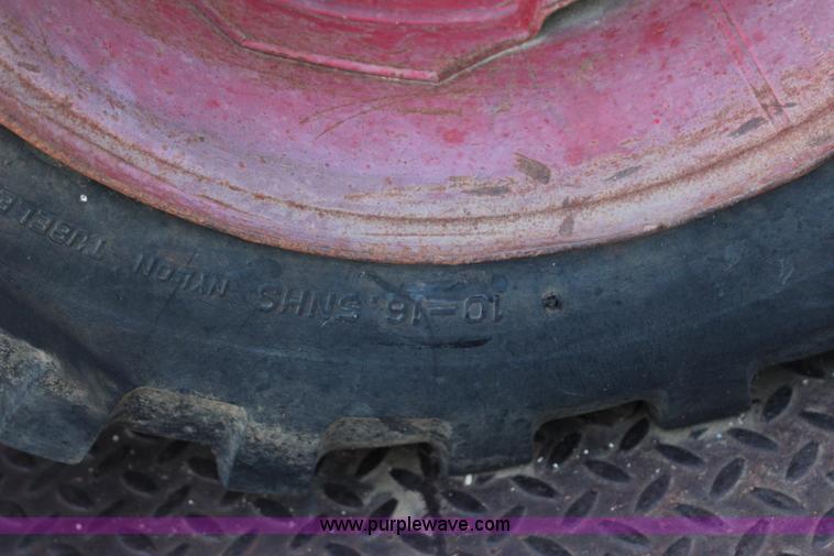 1979 Bobcat 630 skid steer | Item I1662 | SOLD! June 25 Cons