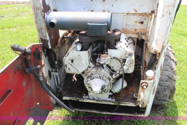 Bobcat M700 skid steer | Item K6989 | SOLD! June 25 Construc