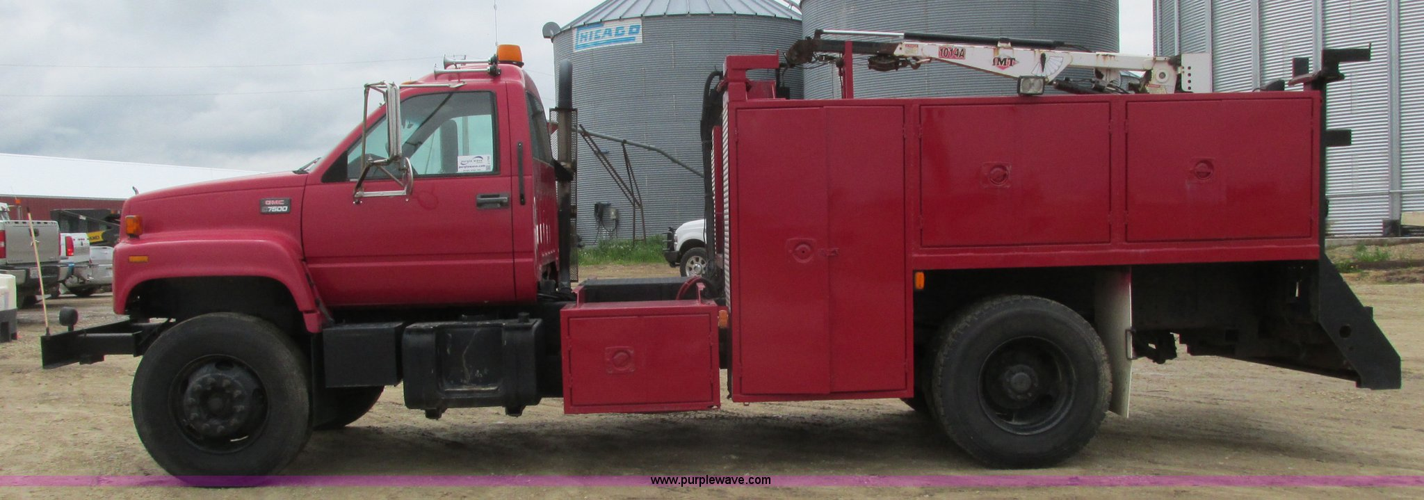 ... 2000 GMC C7500 service truck with crane Full size in new window ...