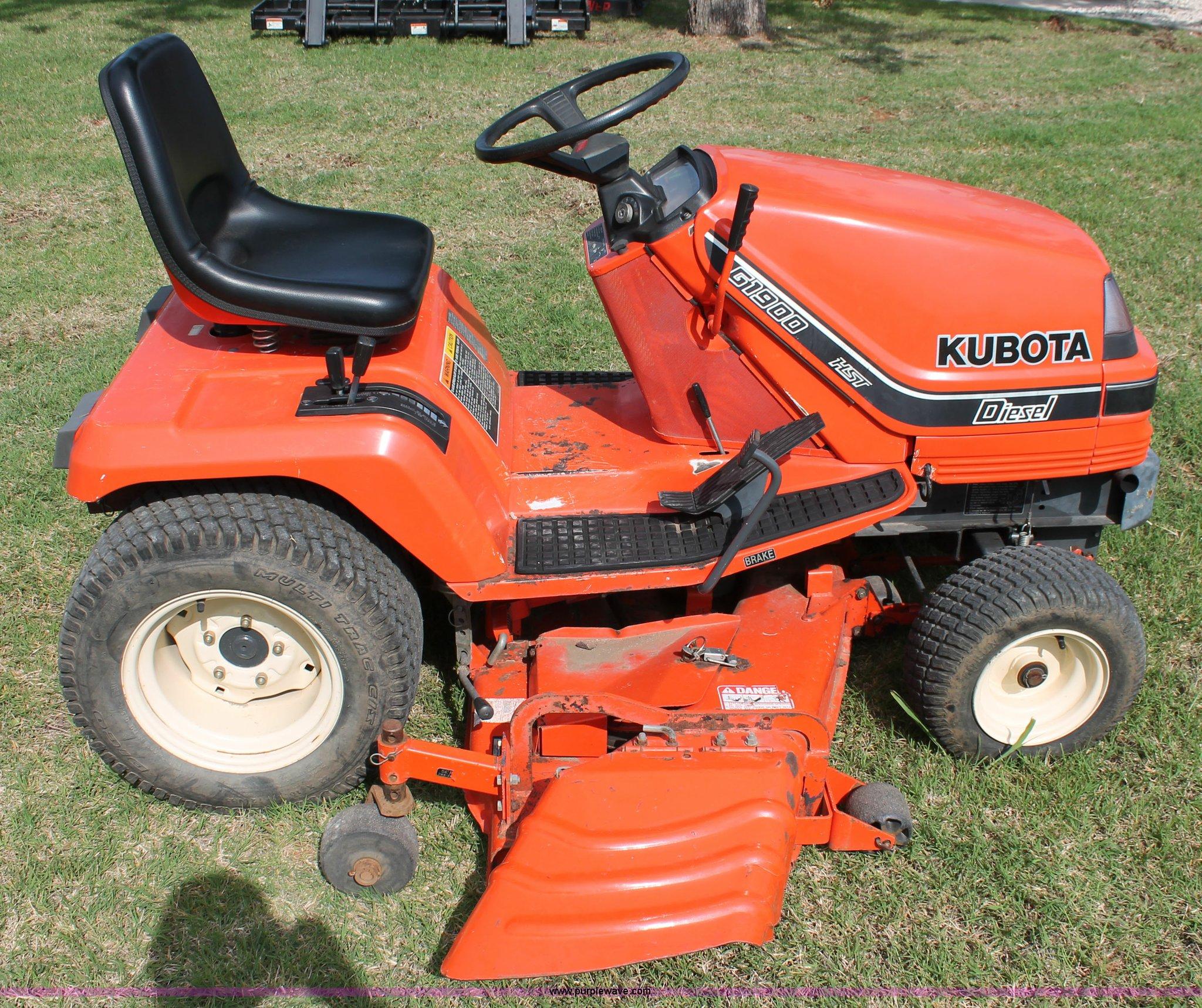 ... Kubota G1900 lawn mower Full size in new window ...