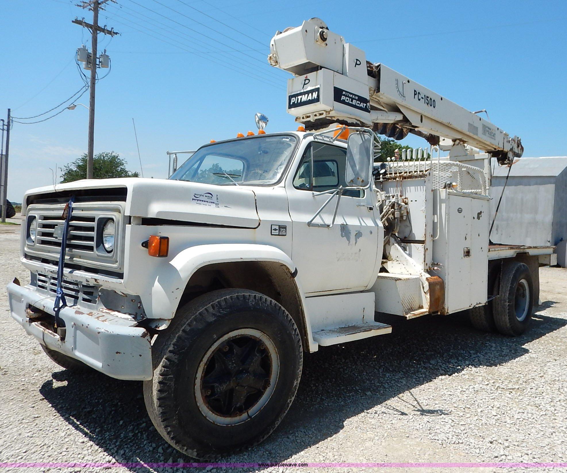 1983 chevrolet kodiak derrick digger truck item j3879 so rh purplewave com Pitman Valve Pitman Boom Parts