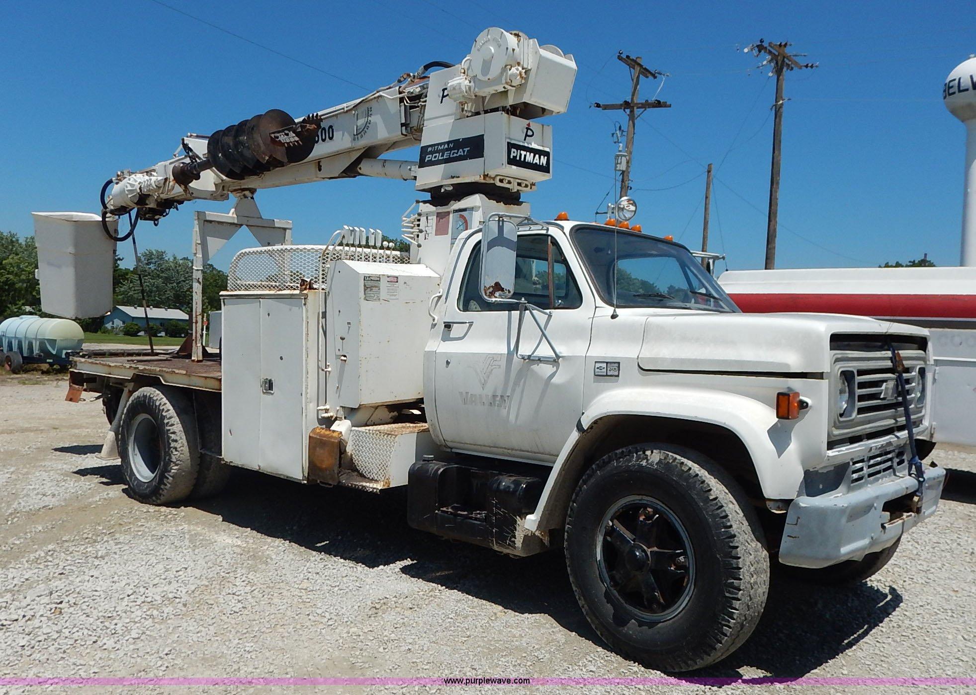 1983 chevrolet kodiak derrick digger truck item j3879 so rh purplewave com pitman polecat service manual Pitman Boom Parts