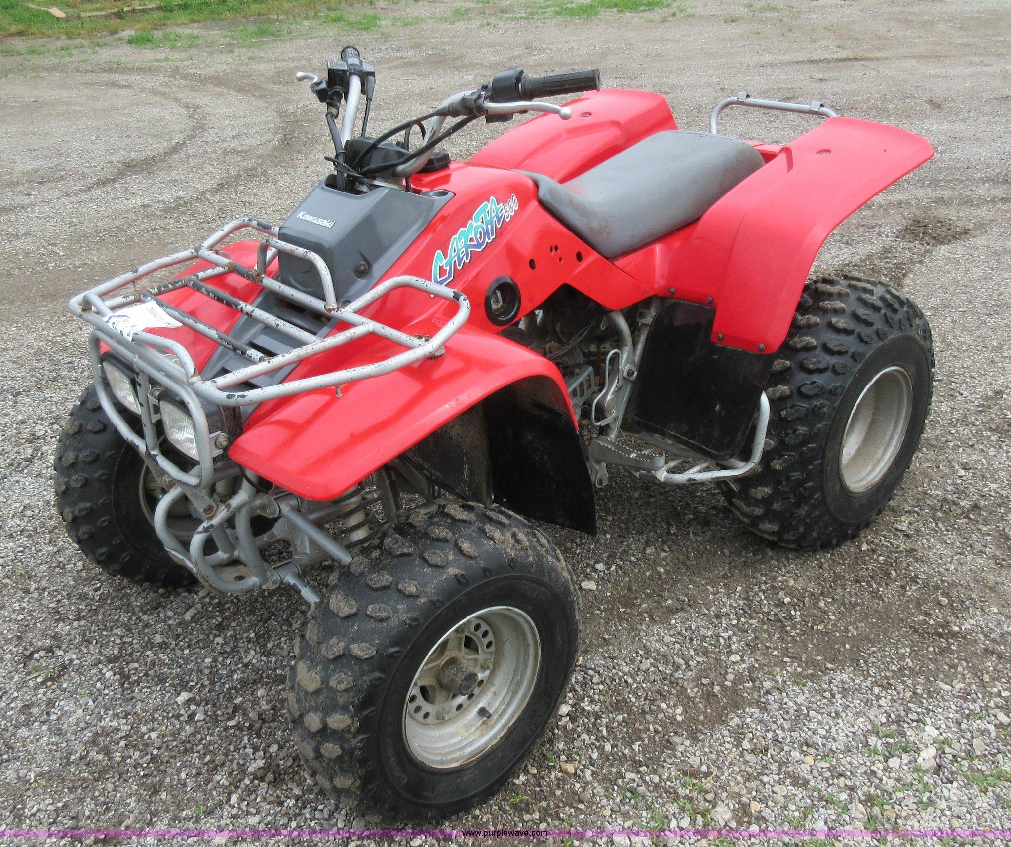 G3692 image for item G3692 1995 Kawasaki Lakota 300 ATV