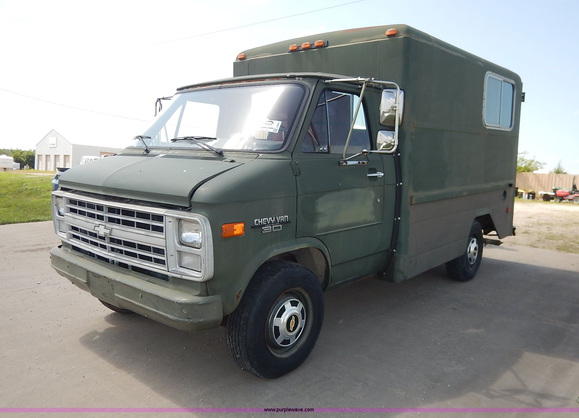 5614d1dce3 ... 1986 Chevrolet G30 cargo van Full size in new window ...