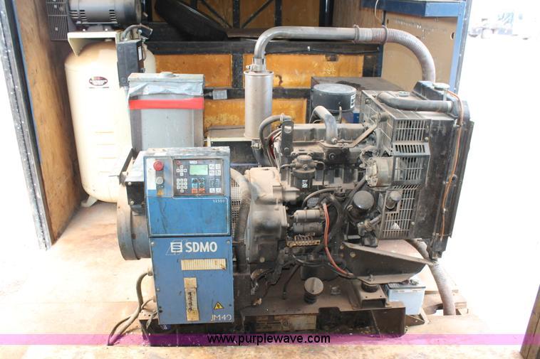 2003 B&W polyurethane foam application trailer | Item AO9531