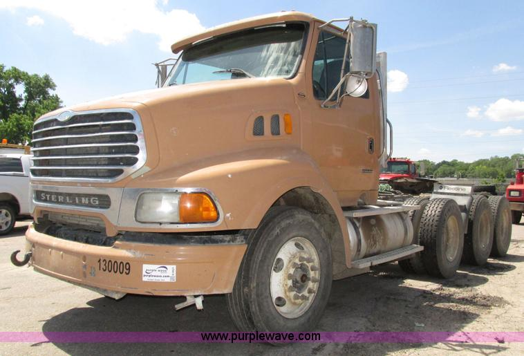 2001 Sterling AT9500 semi truck | Item H4621 | SOLD! July 21
