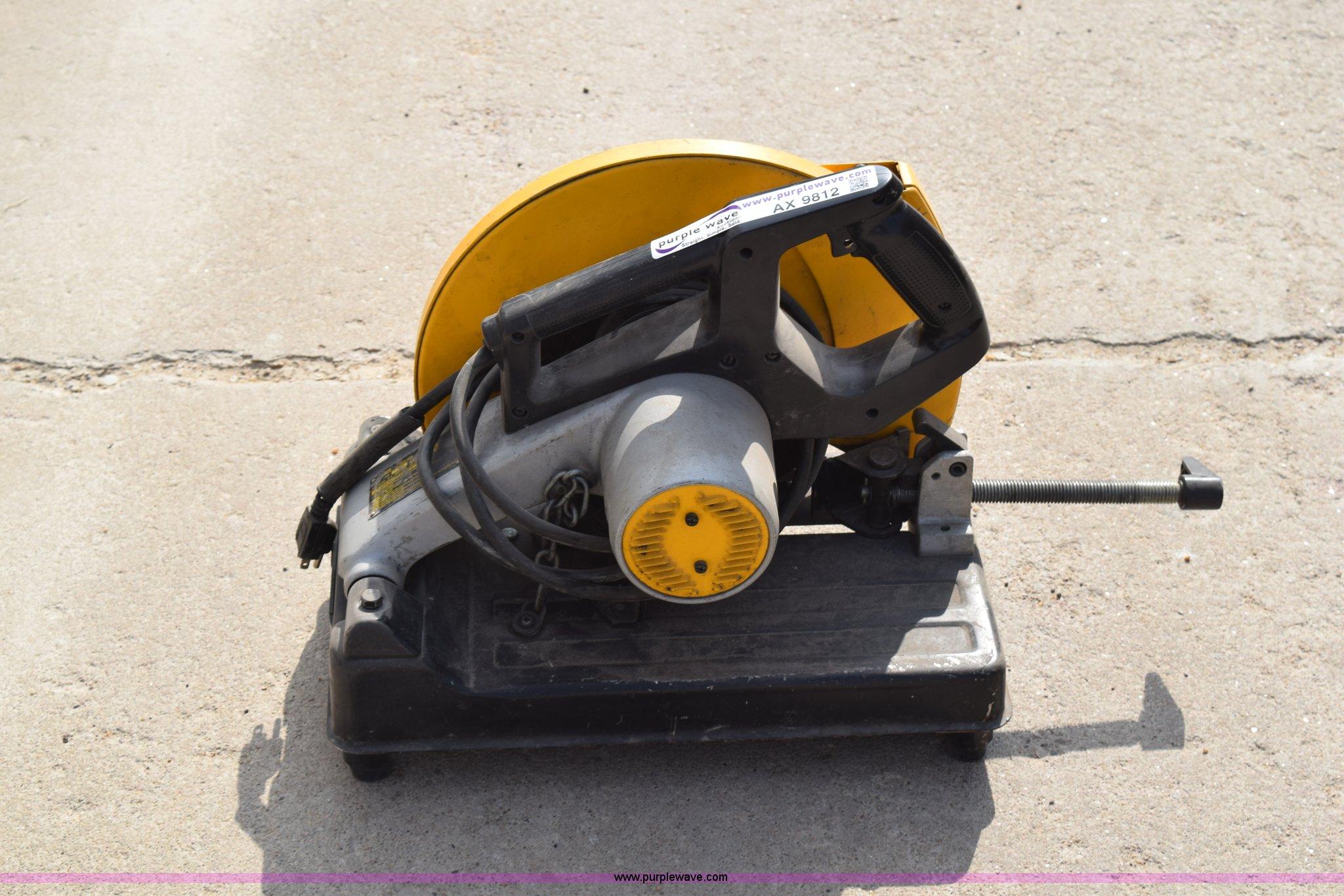 Dewalt DW870 chop saw | Item AX9812 | SOLD! Lancaster Constr