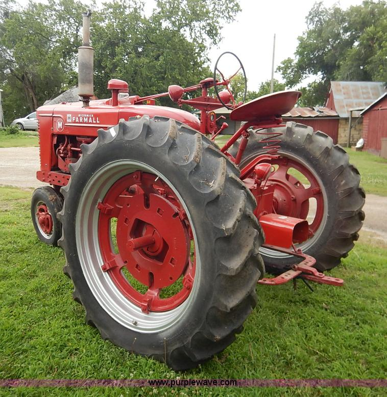 1950 Farmall M tractor | Item BC9339 | SOLD! July 29 Ag Equi