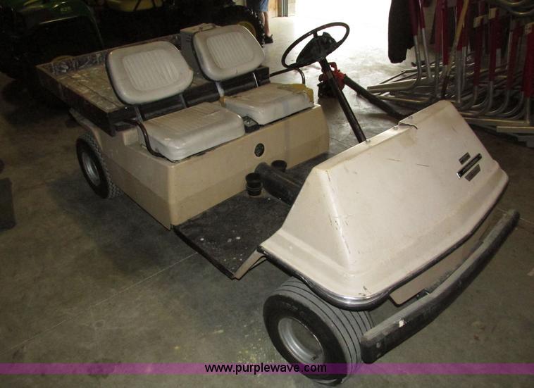 AMF Harley Davidson Master Glide IV golf cart | Item H4583 |... on harley davidson dodge charger, harley davidson power wheels charger, harley davidson gas golf carts, harley davidson ground effects lighting, club car golf cart charger,