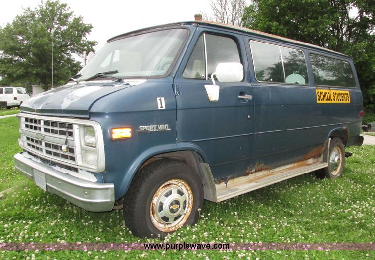 1991 Chevrolet van | Item H4584 | SOLD! August 4 Government