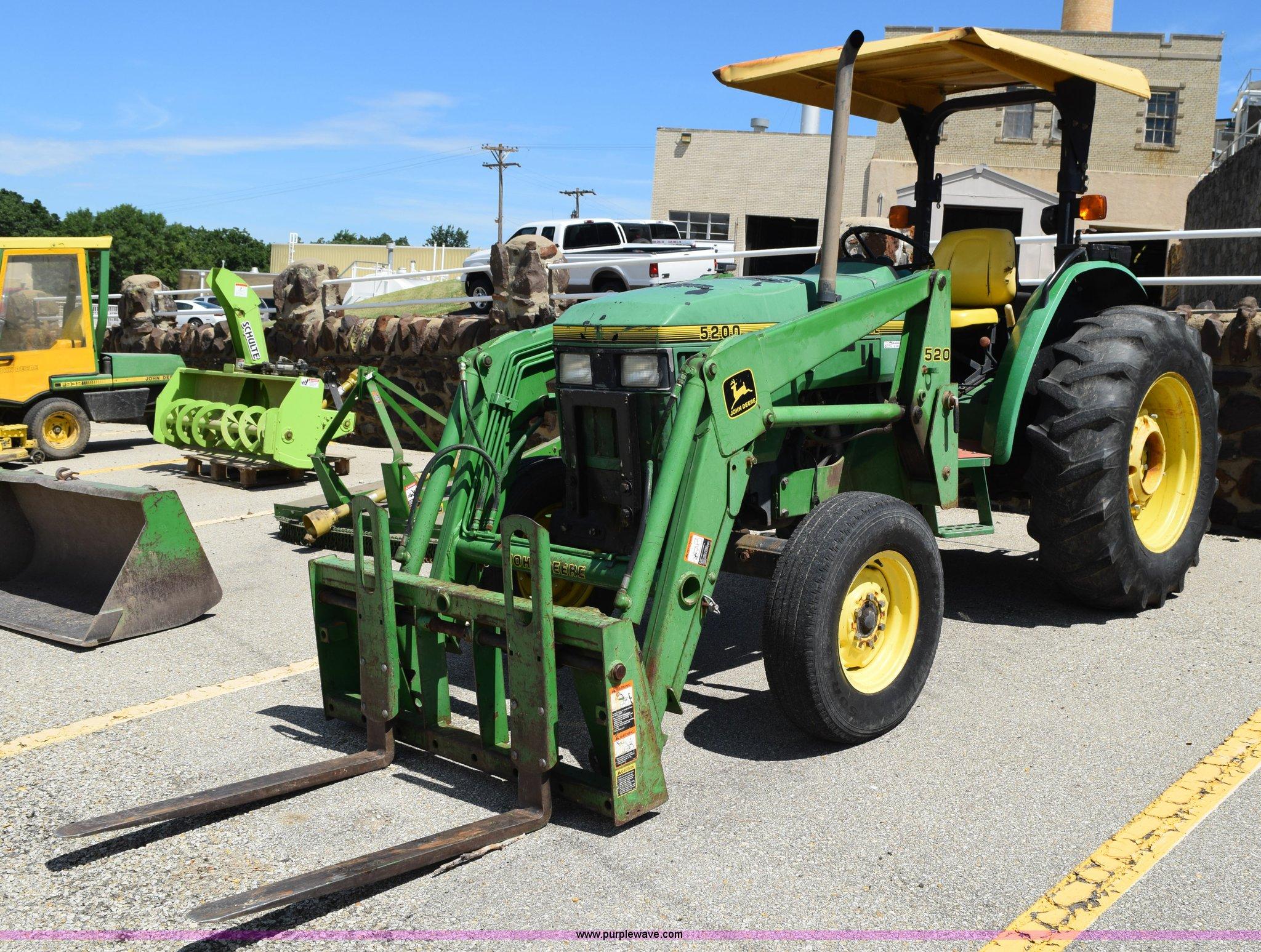 John Deere 5200 Tractor Item Bi9424 Sold August 4 Gover. Bi9424 For Item John Deere 5200 Tractor. John Deere. John Deere 5200 Tractor Wiring At Scoala.co