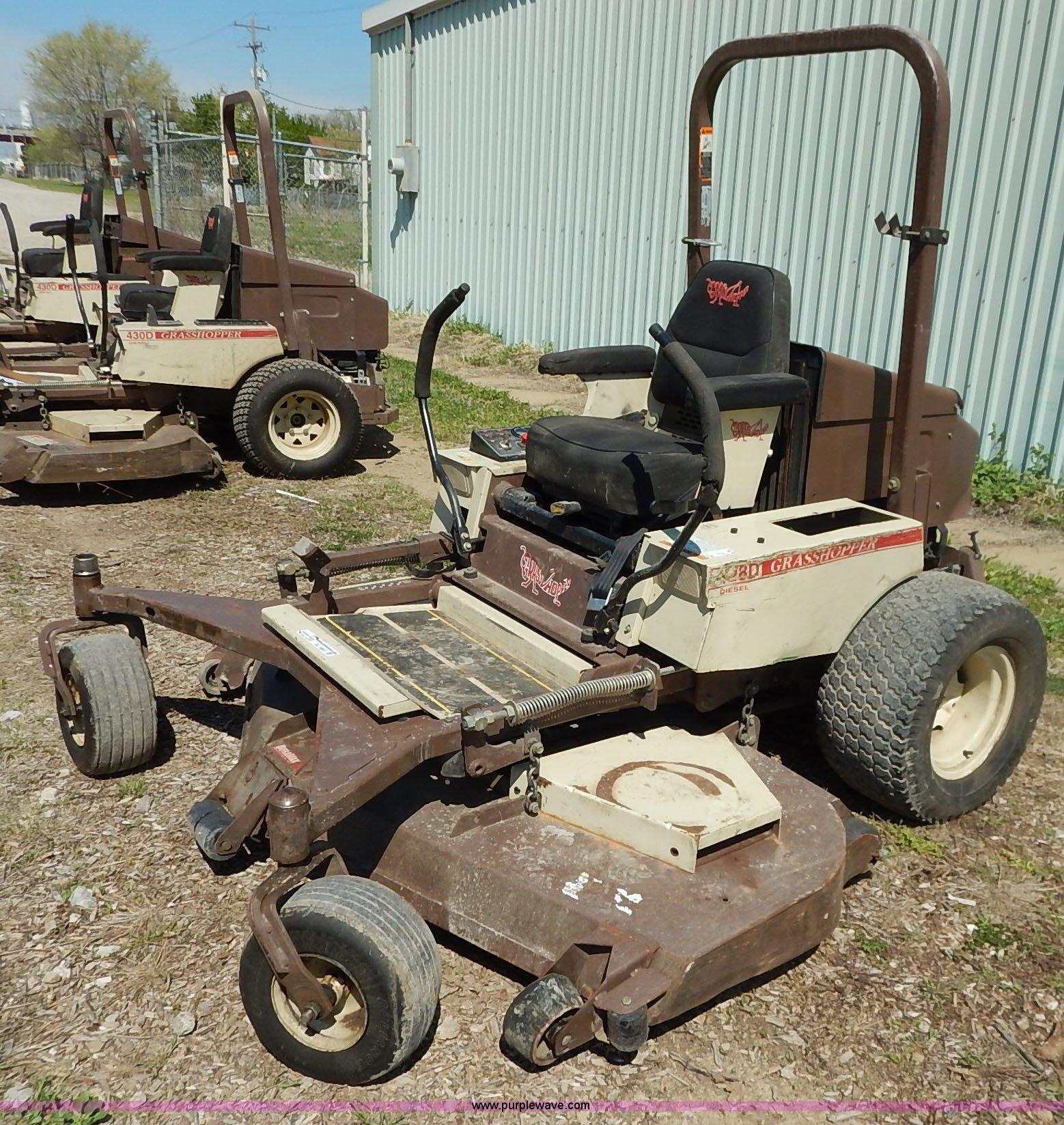 2007 Grasshopper 428D ZTR lawn mower   Item BJ9647   SOLD! A