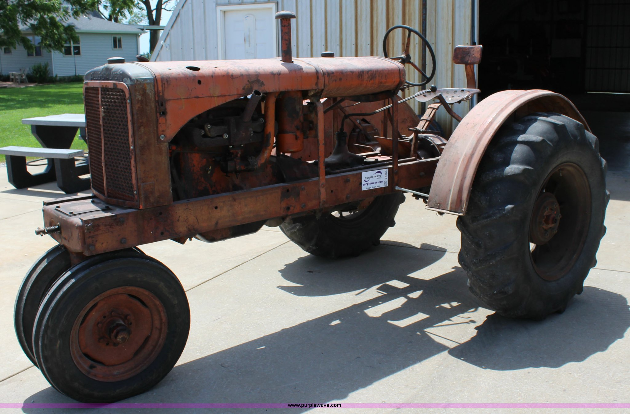 J5864 image for item J5864 1937 Allis Chalmers WC tractor