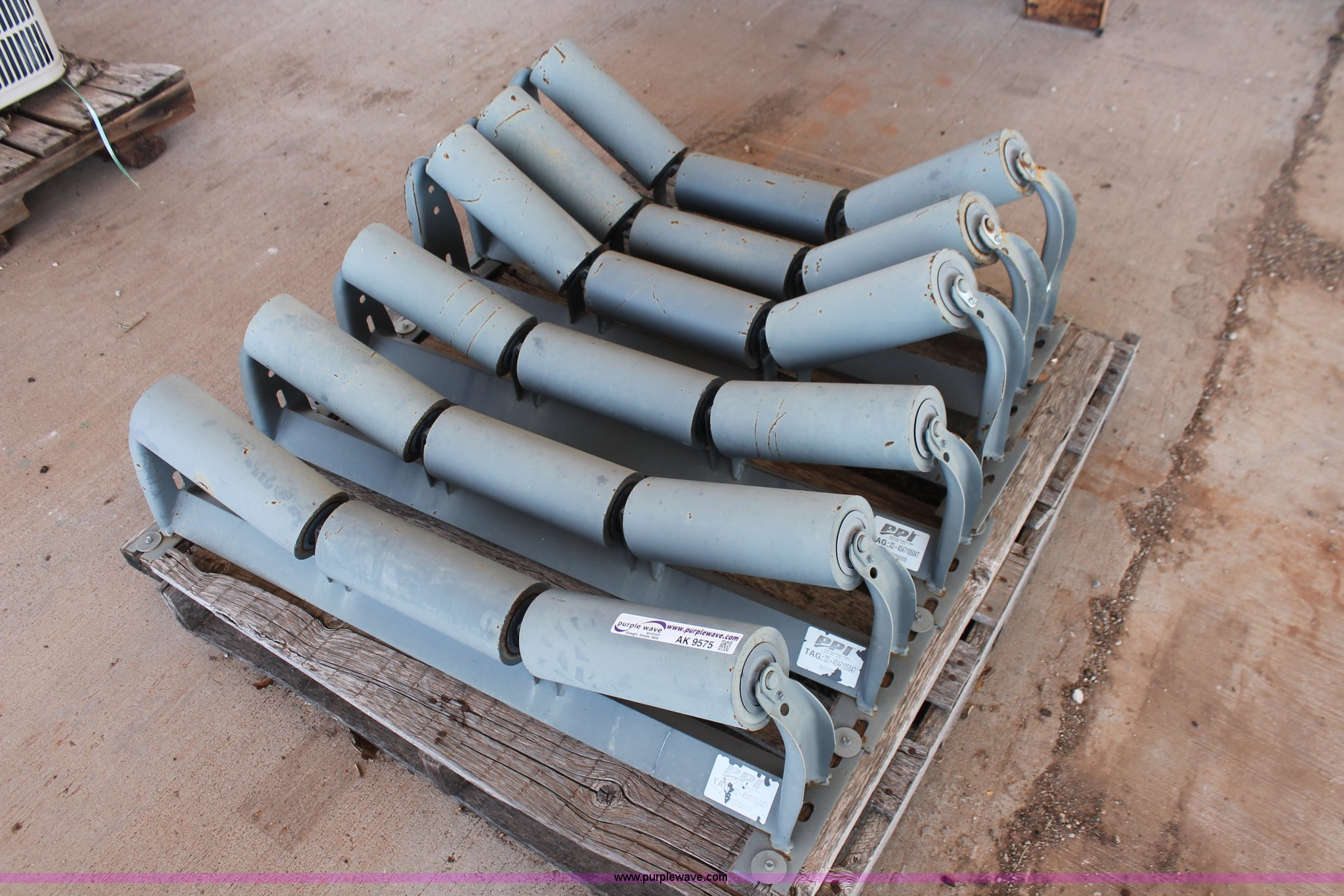 6) Precision pulley and idler conveyor rollers | Item AK957