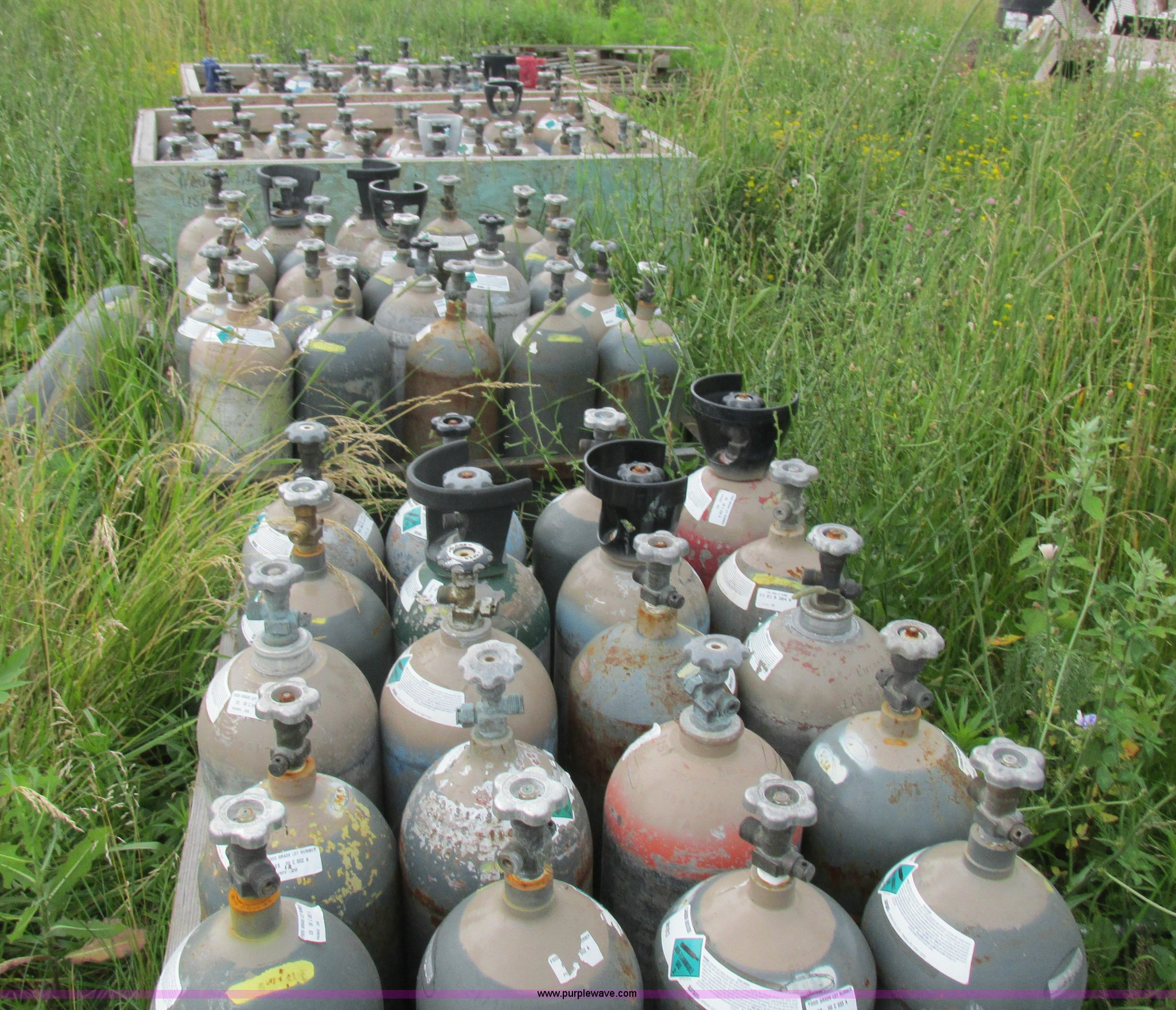 Approximately 117 CO2 tanks | Item Z9586 | SOLD! August 12 V