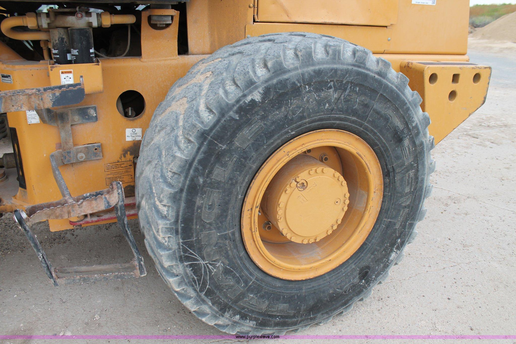 1999 Case 621C XR wheel loader   Item L4362 selling at SOLD