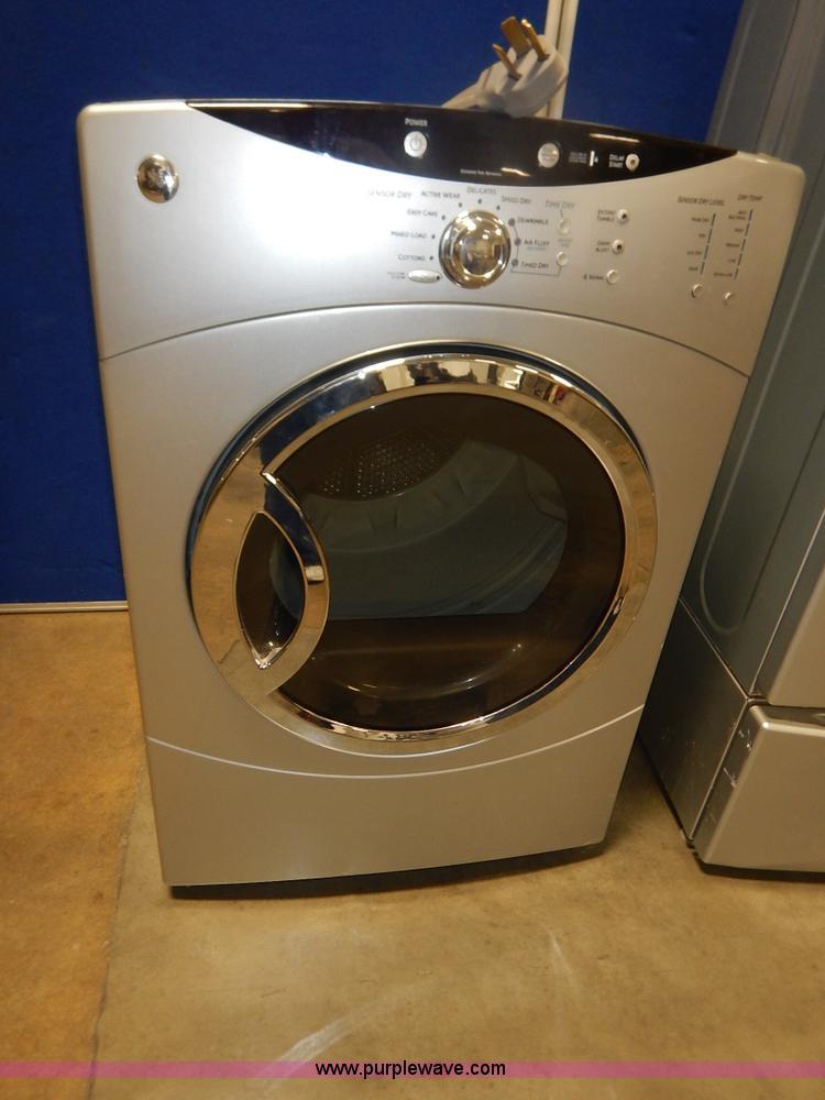 Ge Front Load Washer Dryer Set Item Bm9484 8 25 2015