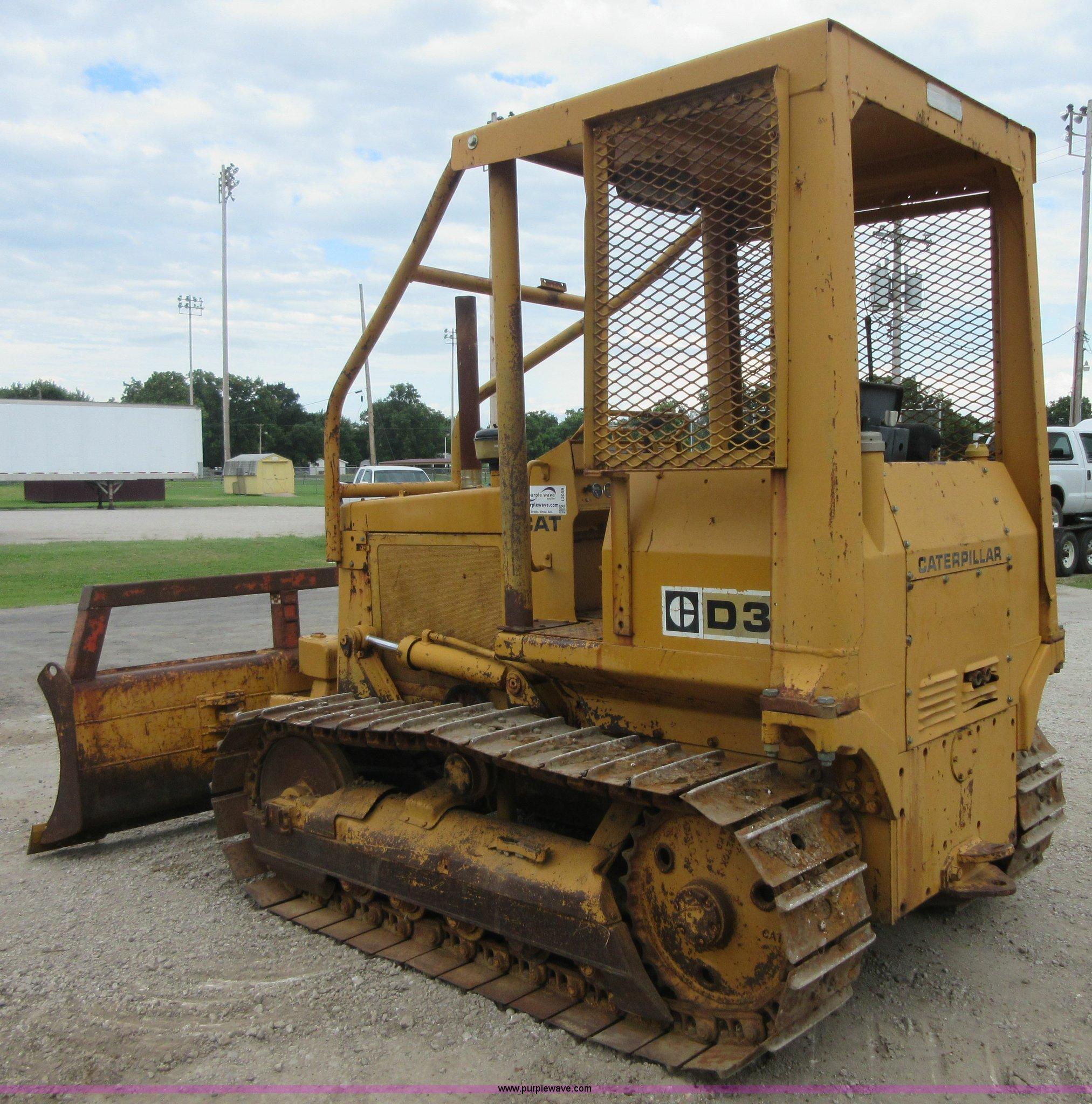 1979 Caterpillar D3 dozer | Item I2058 | SOLD! August 27 Con