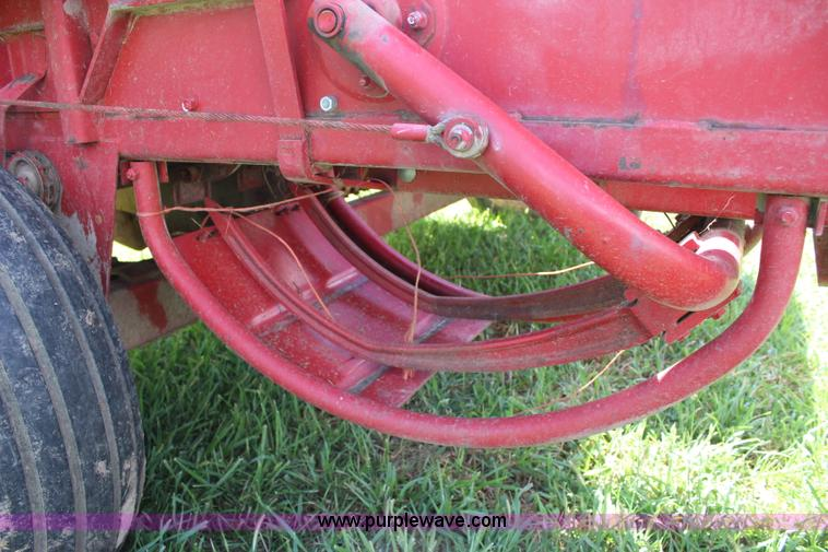 1977 New Holland 315 small square baler   Item J5769   SOLD!
