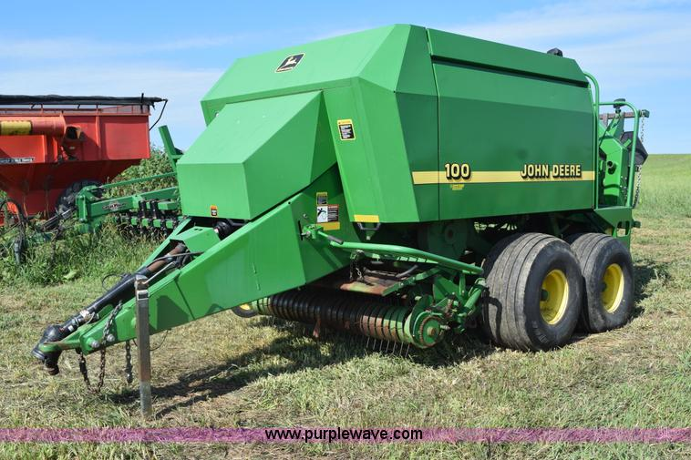 2000 John Deere 100 large square baler | Item L5759 | SOLD!