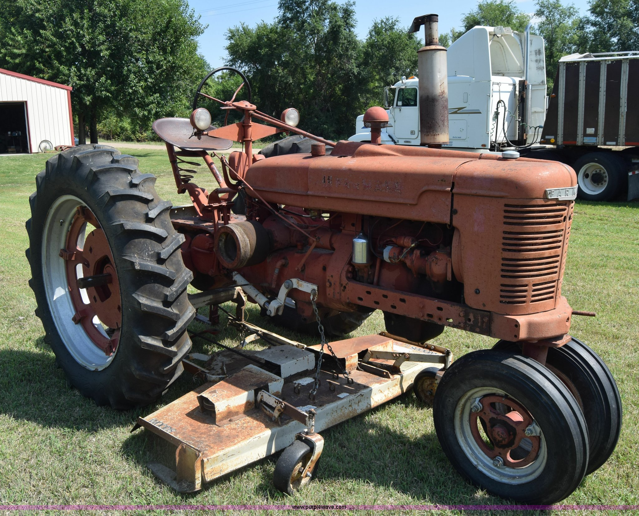farmall h engine size