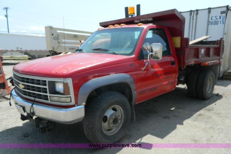 1991 Chevrolet 3500 dump truck | Item K8169 | SOLD! Septembe